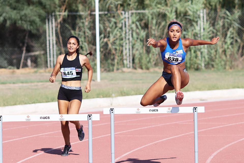 Sarah Chouhal lowers 400m hurdles U20 national record